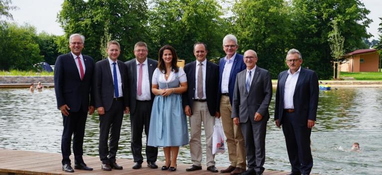 Neues Freizeitzentrum und Naturbadeweiher Weißbachmühle eingeweiht