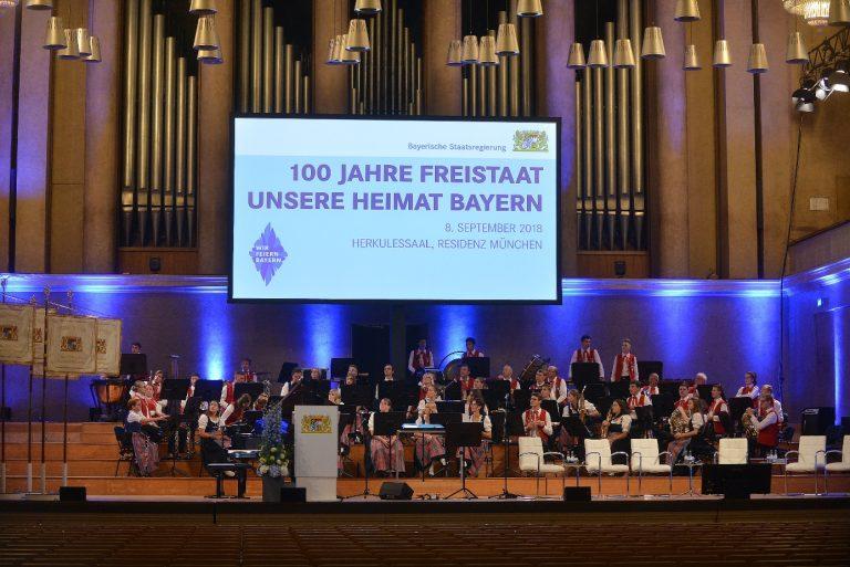 """""""100 Jahre Freistaat – unsere Heimat Bayern"""""""